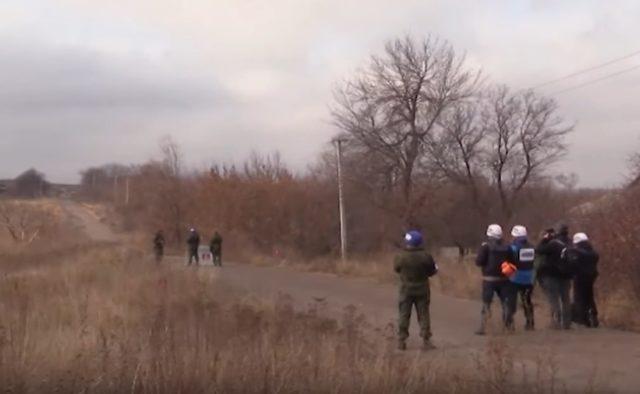 Украина и РФ согласовали разведение сил на Донбассе