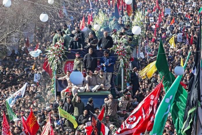 В Иране на похоронах Сулеймани погибли десятки людей: что происходит