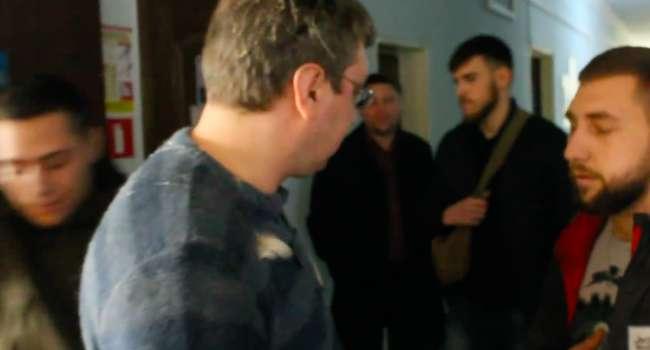 Депутат от «Оппоблока» получил яйцом в голову