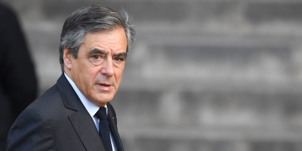 Экс-премьер Франции предстанет перед судом: грозит до 10 лет тюрьмы