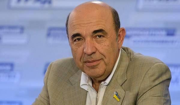 Нардеп Рабинович: в парламенте на русском разговаривают все, кроме десятка человек