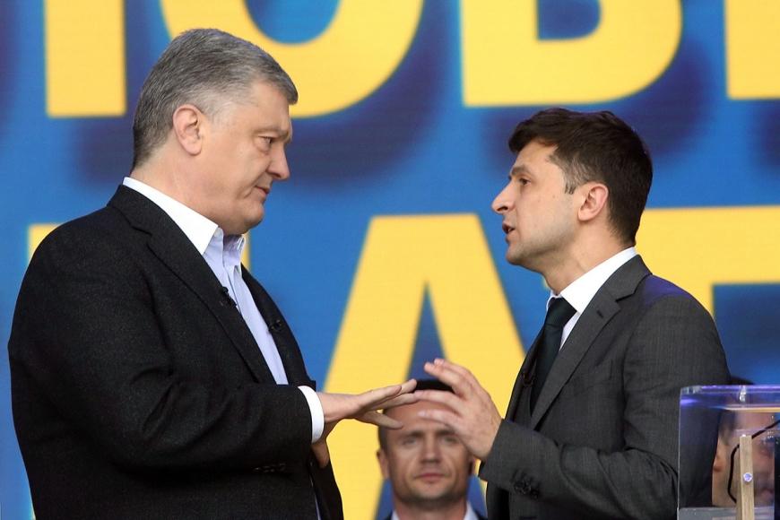 Порошенко требует от Зеленского подтвердить курс Украины на НАТО