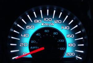 Почему врут спидометры всех автомобилей