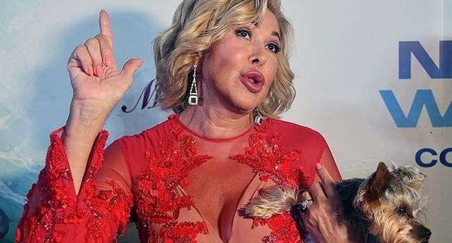 «Мама, ради Бога, я ни капли не пьяна!»: 65-летняя Любовь Успенская опубликовала фото с полупрозрачном платье без нижнего белья