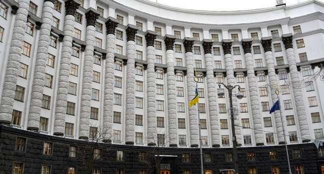 Новые лица в Кабмине, выдвинутые Зеленским – это чиновники Януковича, менеджеры Азарова и люди Ахметова