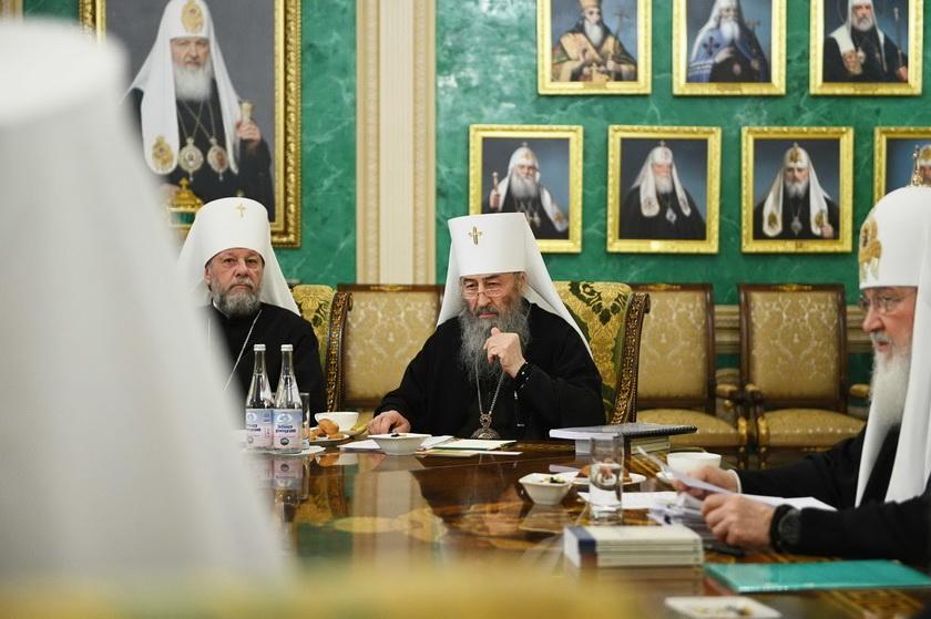 Очільник Московського патріархату Онуфрій присутній на засіданні Синоду РПЦ. ФОТО