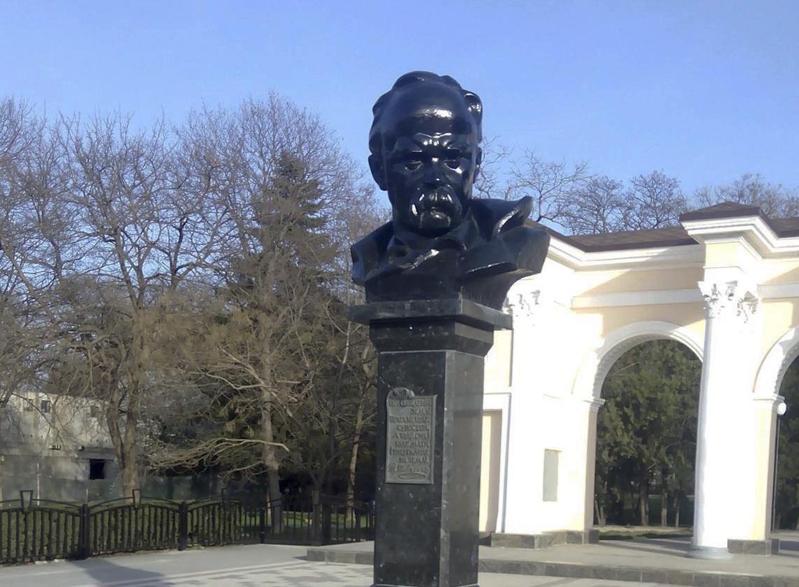 Оккупанты помешали украинцам в Крыму отметить день рождения Тараса Шевченко. ФОТО