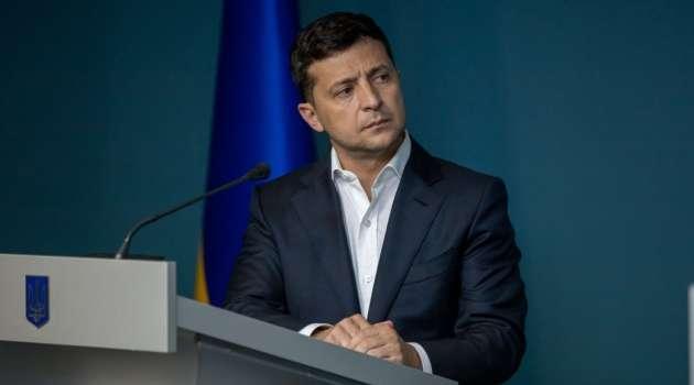 Владимир Зеленский сообщил, что в Украине закрывают железную дорогу, метро и автобусное сообщение: мнение украинцев разделилось