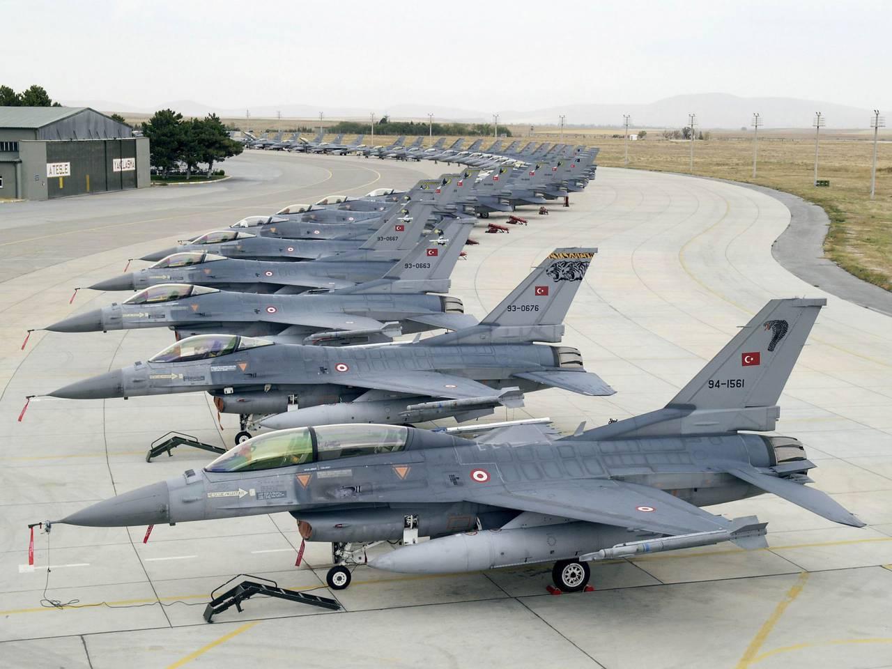 Турецькі F-16 оснащують вітчизняними системами «Свій-чужий»
