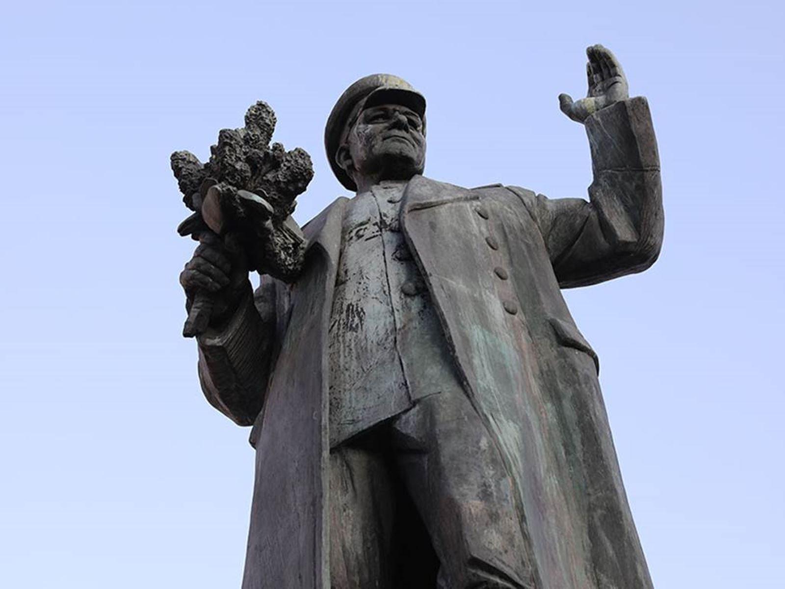 Чехия отказалась передавать РФ демонтированный памятник Коневу