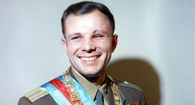 Элитные автомобили и другие привилегии: почему спустя много лет после гибели вокруг Юрия Гагарина не утихают слухи о его богатстве