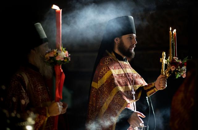 Послушник главного монастыря РПЦ сжег себя, узнав, что заразился COVID-19