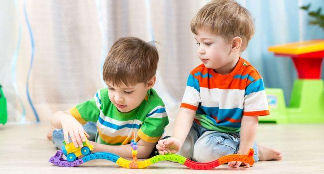Ученые определили возраст, в котором ребенок начинает врать