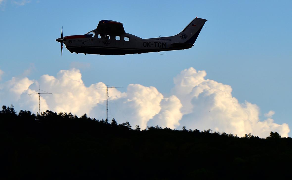 В РФ рухнул самолет с четырьмя людьми на борту: погиб олигарх