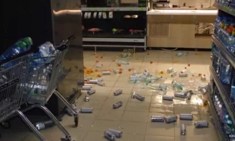 В России начались погромы продуктовых магазинов