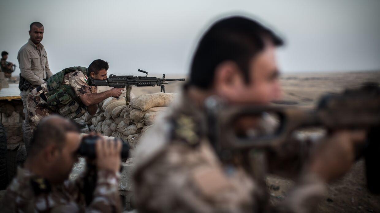Силы коалиции в Ираке уничтожили пещеру, где укрывались боевики ИГ. ВИДЕО