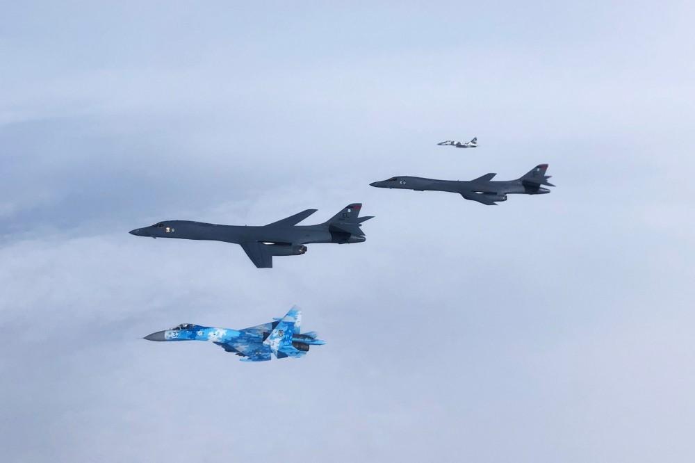 В ході польоту стратегічних бомбардувальників В-1В в Європу відпрацьовувалося застосування ракет LRASM