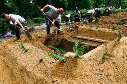 На России проведут турнир по скоростному копанию могил