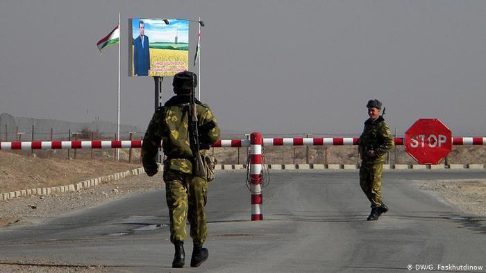РФ пытается вмешаться в конфликт в Средней Азии: заявление МИД Таджикистана