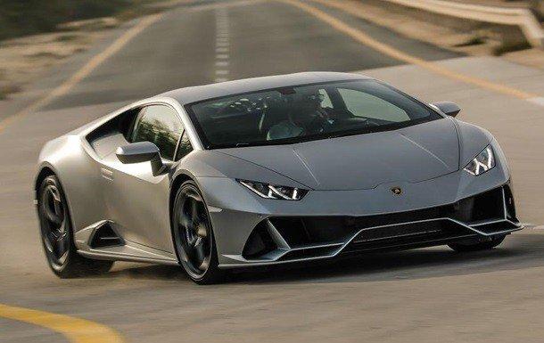 """Американец купил Lamborghini на выделенную """"коронавирусную"""" помощь"""