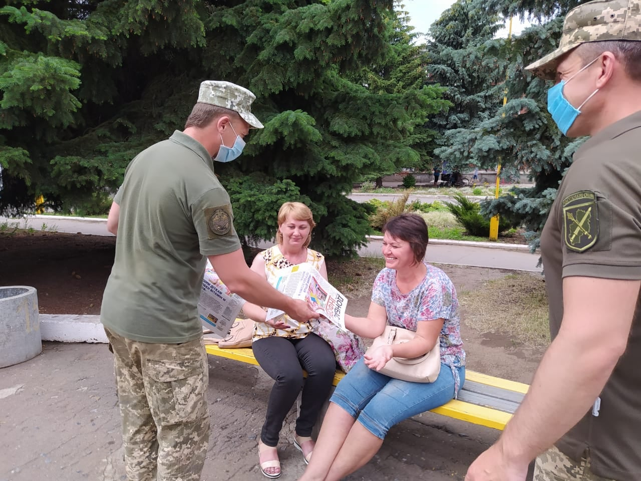 Допомога населенню на Донбасі: за тиждень ЗСУ провели заходи у 88 містах та селах. ФОТО