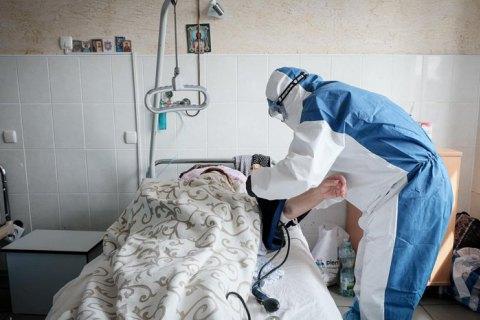 В Минздраве пояснили, почему пациенты с COVID-19 переносят болезнь по-разному