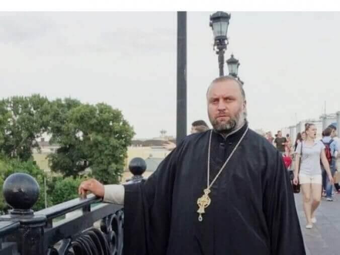 Повісили замок: Селяни закрили храм для московського попа, який привітав Путіна з Днем ангела