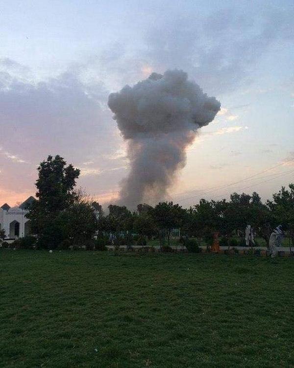 В афганском Джелалабаде совершен теракт с атакой на местную тюрьму. ФОТО и ВИДЕО
