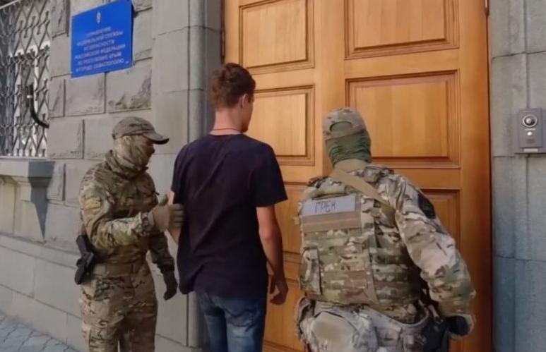 Окупанти затримали одесита, який вирішив «відпочити» у Криму