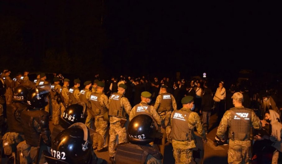 Украина срочно направила силовиков на границу с Беларусью