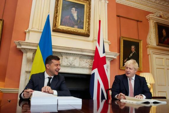 Великобритания построит для Украины 8 военных катеров
