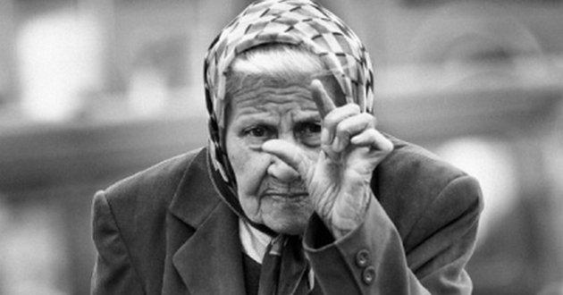 Будущее без пенсии: украинцам посоветовали рассчитывать только на себя