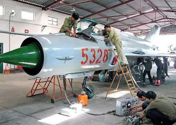 В'єтнам перероблює МіГ-21 у дрони