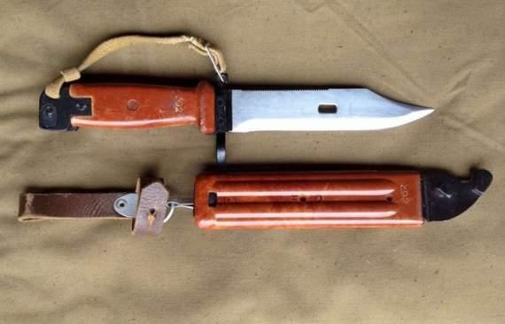 Чому багнет-ніж для автомата Калашникова надто тупий
