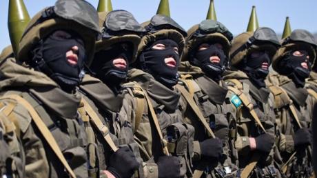 Народ Казахстану В. Соловйову: Шакали! Тепер ви хочете вбивати казахстанців на їхній землі? Попереджаємо, розмова буде короткою!