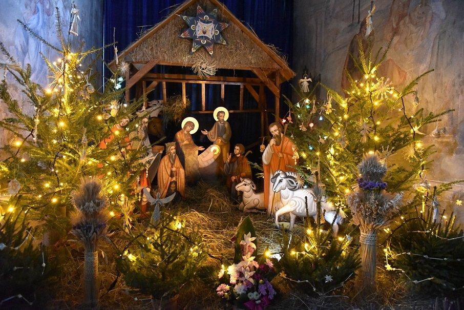 Хто святкує Різдво 25 грудня і чому не варто називати його католицьким