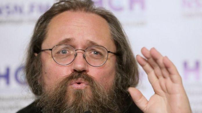 Хто розкручує фейк про утиски вірян московського патріархату в Україні