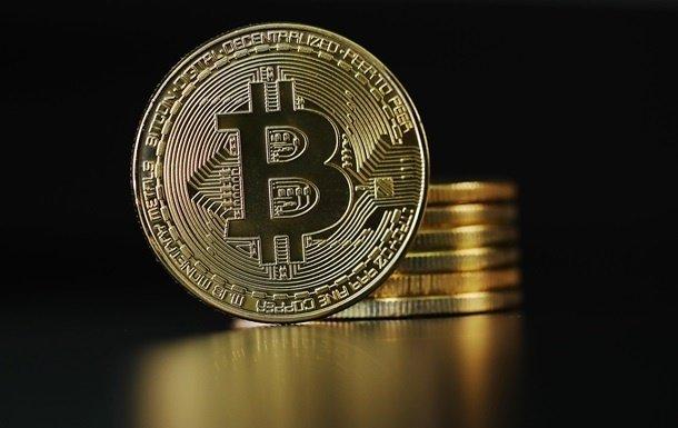 Цена биткоина резко выросла до 35 тысяч долларов