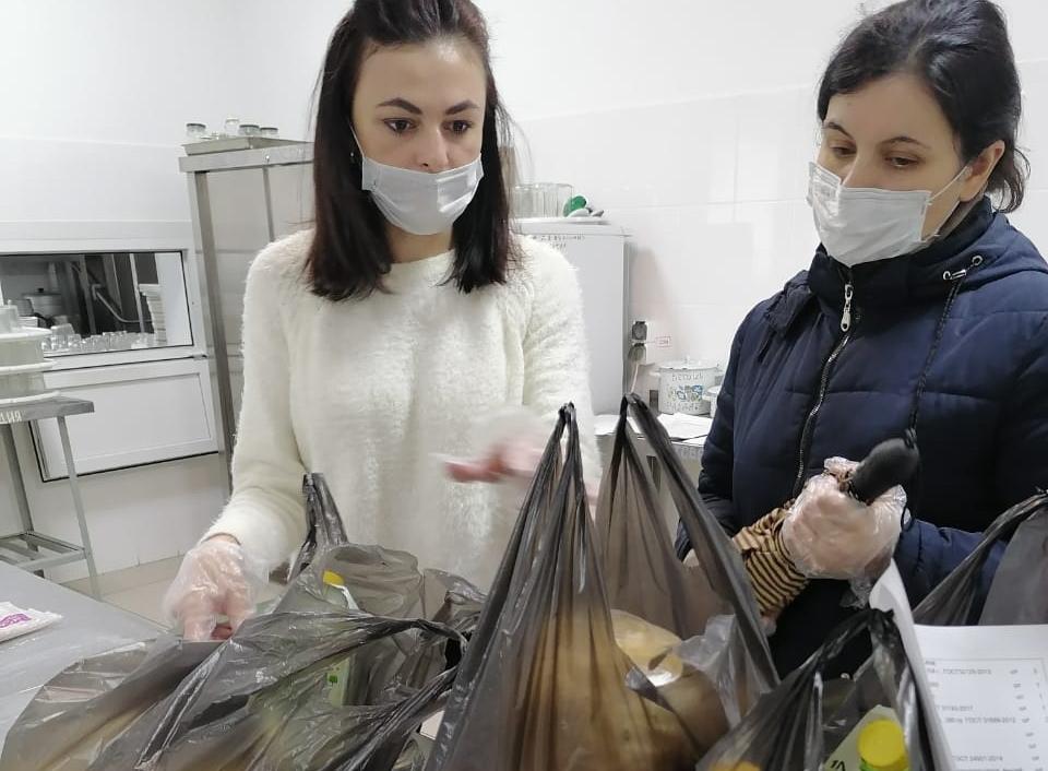 Вставание с колен: в России начинают вводить продуктовые карточки