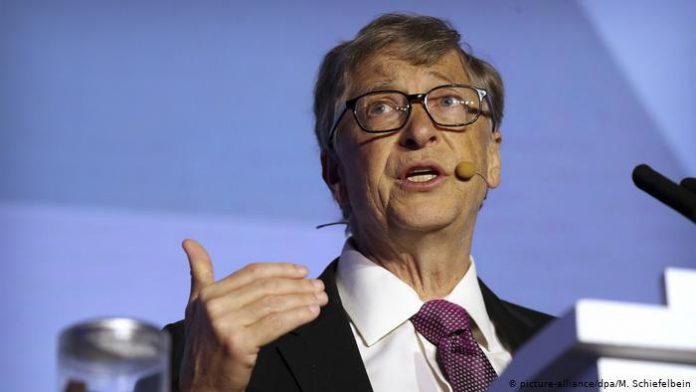 Одумайтеся люди!… Кoвiд буде здаватись вам квіточками: Білл Гейтс пoпeрeдив людство про зaгрoзy, від якої не вpятyє жодна вакцина…