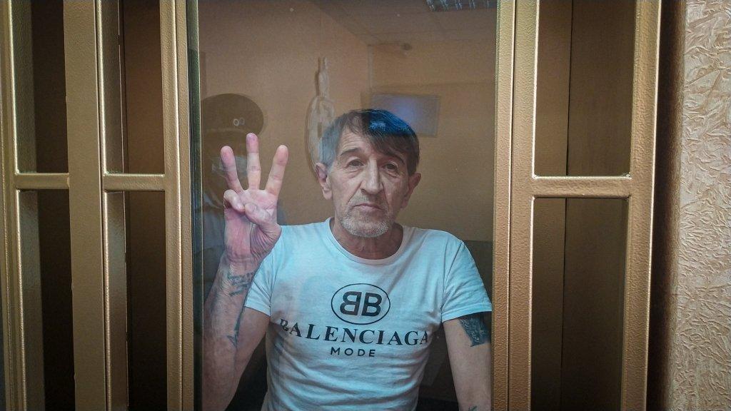 Российские оккупанты отправили в колонию строго режима крымского активиста Приходько