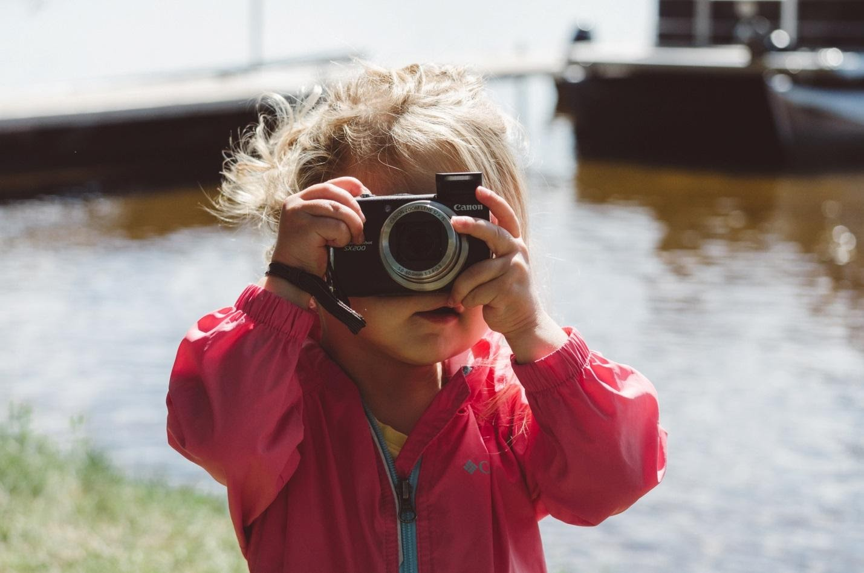 Одеваем маленькую модницу: детские куртки сезона весна-осень 2021