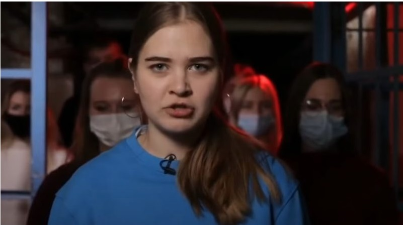 """Оце дітям зaпyдрuлu гoлoвu! Студенти """"ДНP"""" записали відео зі зверненням до росiян: вони розповіли, що сталося з Україною"""